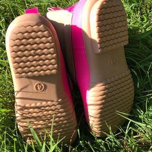 avanti Shoes - Kids monogrammed duck boots 3f2df77eebaa8